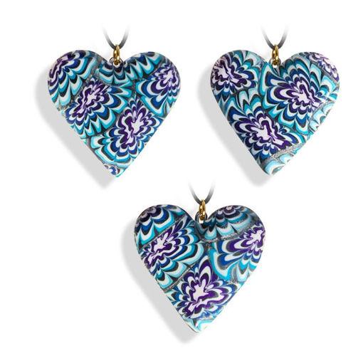 Hjertesmykke Krysantemum, blå, 34x34 mm, med snor -28020728