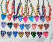 Сollier med hjerte, rosa og korall krysantemum -280207479